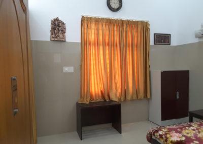 inside_room_1